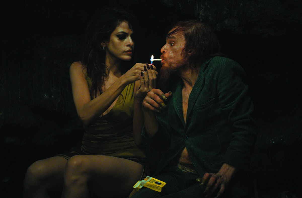 Holy motors denis lavant eva mendes