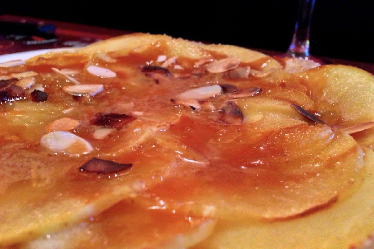 Barocco dessert pizza pomme caramel