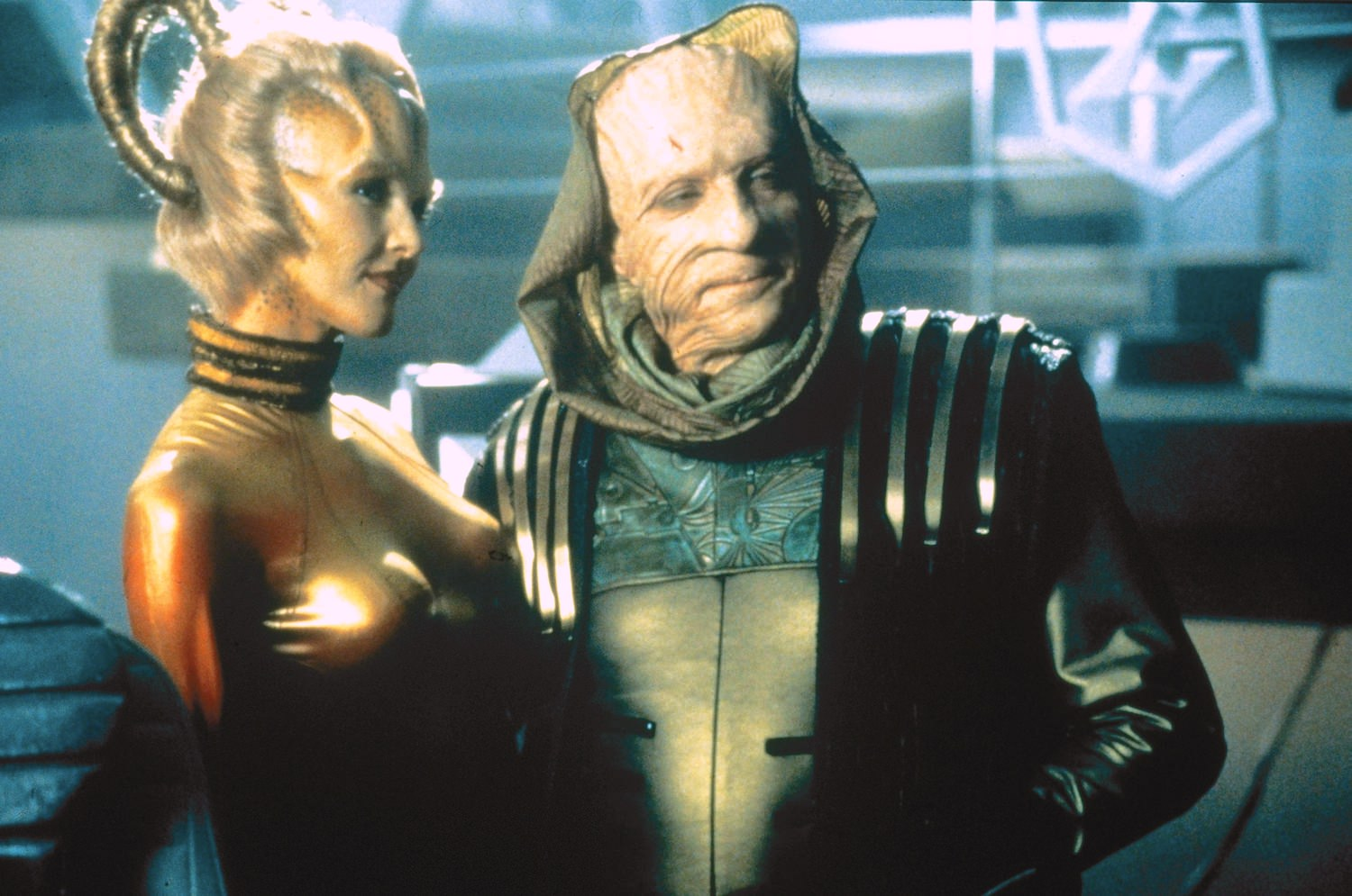 Star trek insurrection jonathan frakes murray abraham