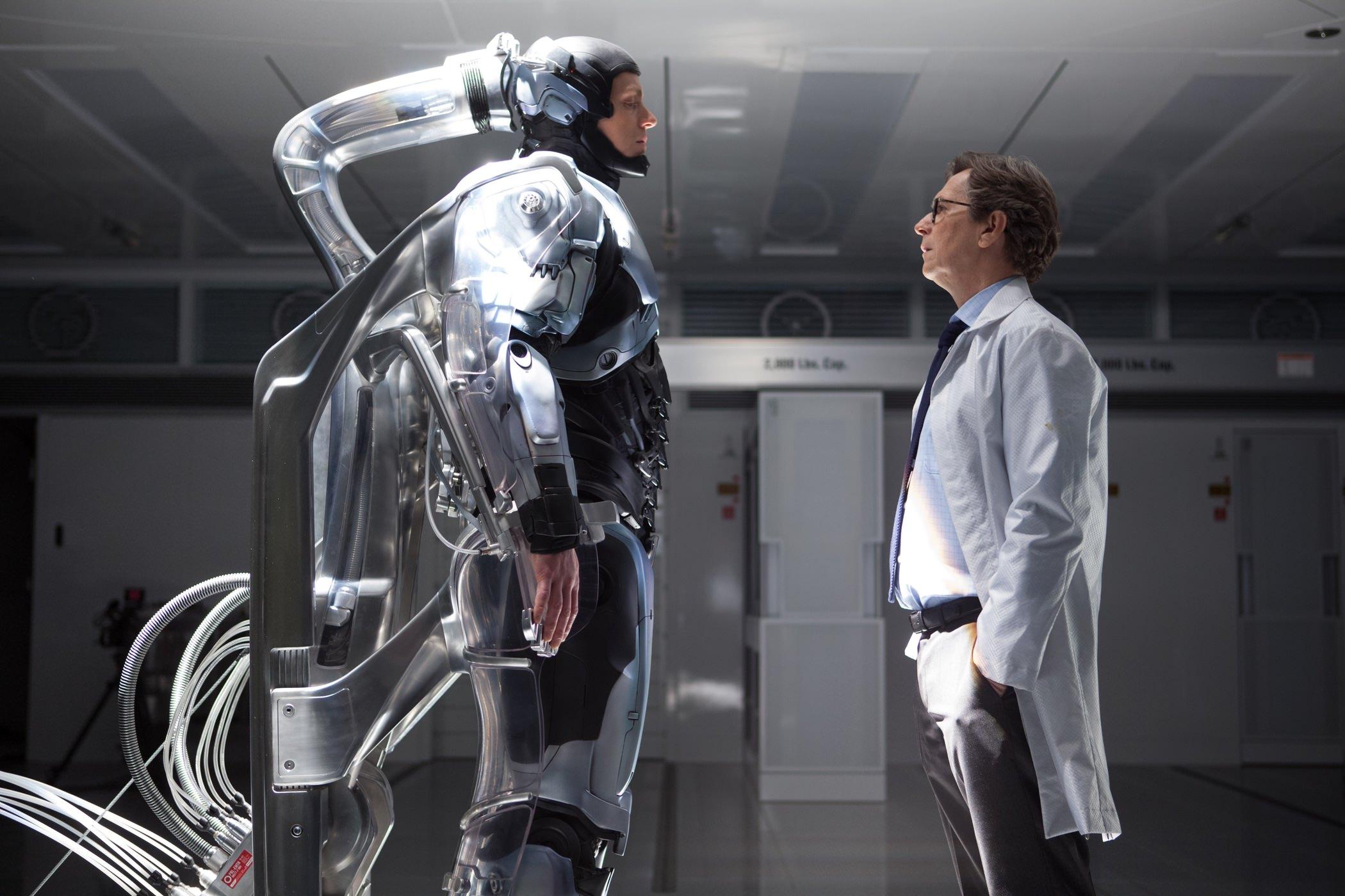 Robocop joel kinnaman gary oldman