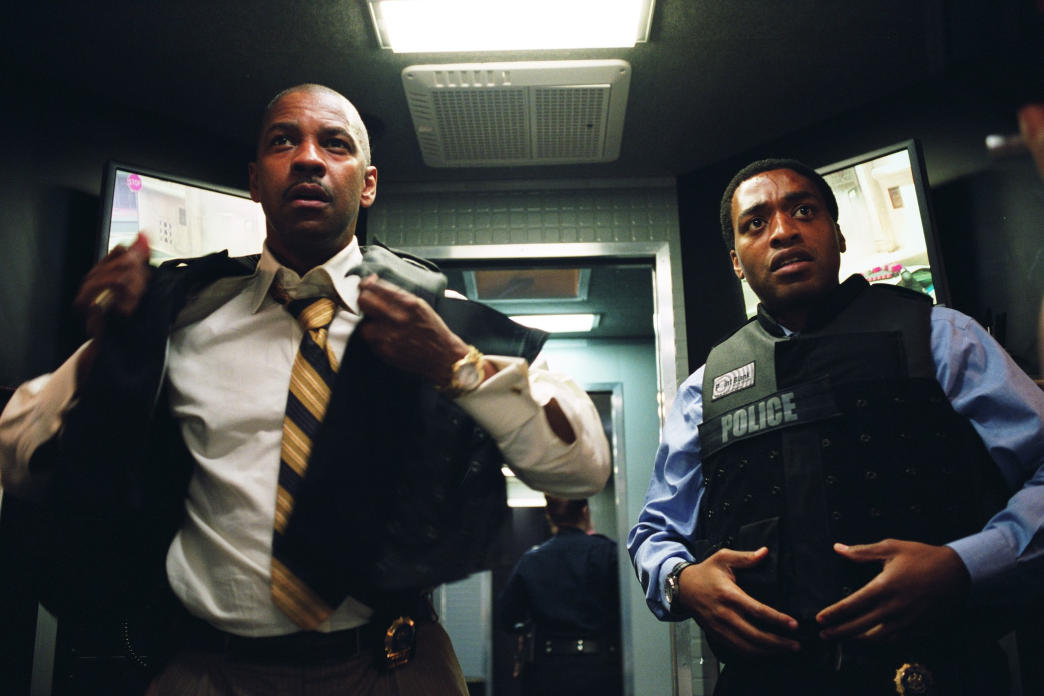 Inside man homme interieur denzel washington chiwetel eijofor