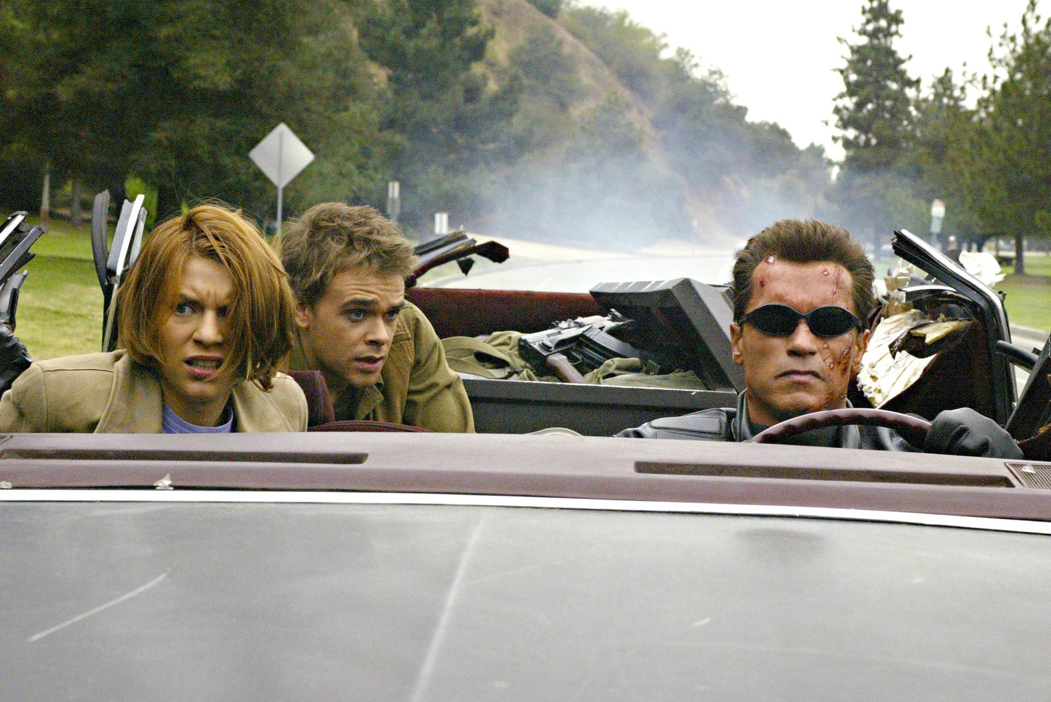 Terminator 3 soulevement machines claire danes arnold schwarzenegger nick stahl