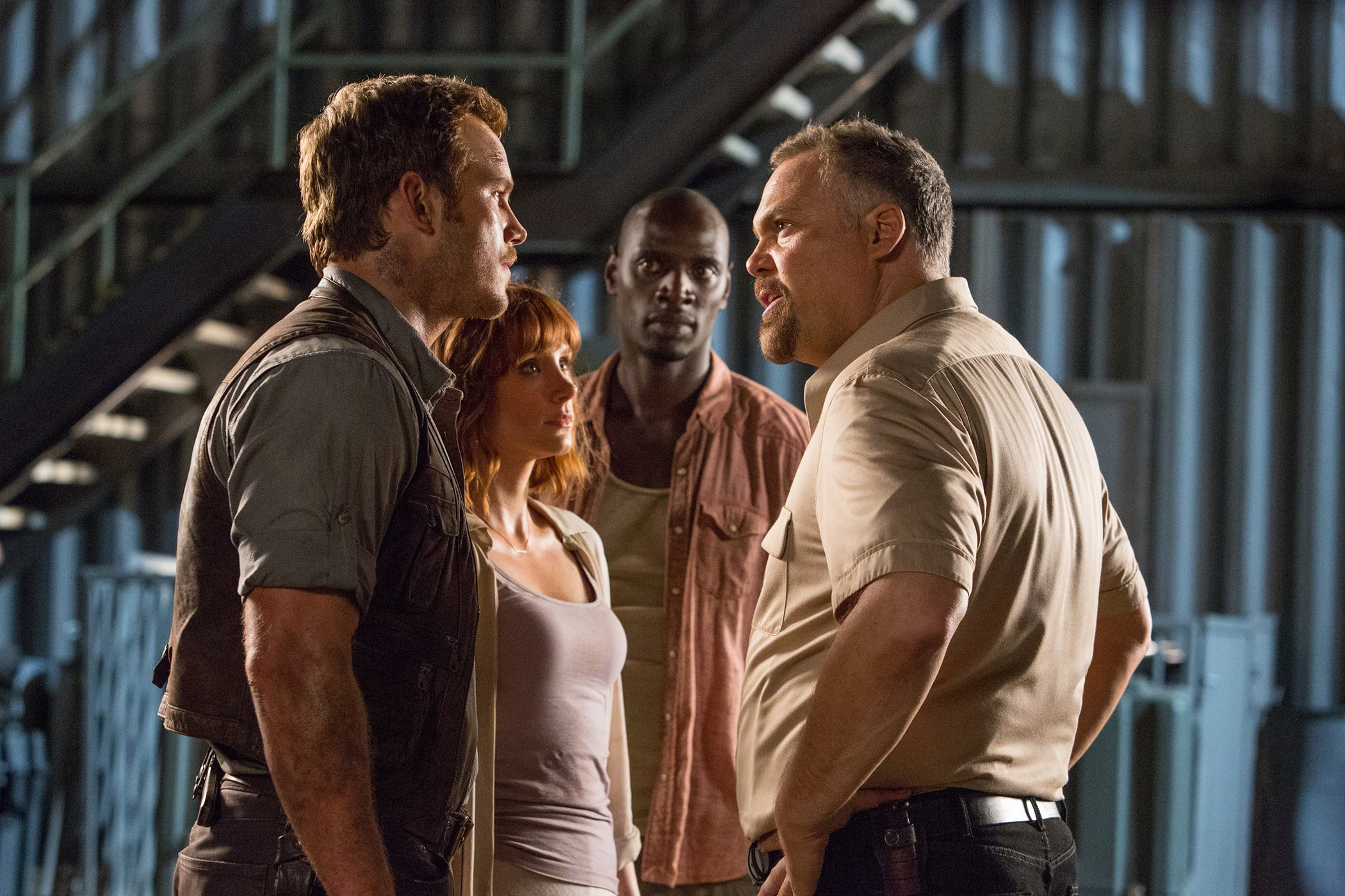 Jurassic world chris pratt vincent donofrio bryce dallas howard omar sy