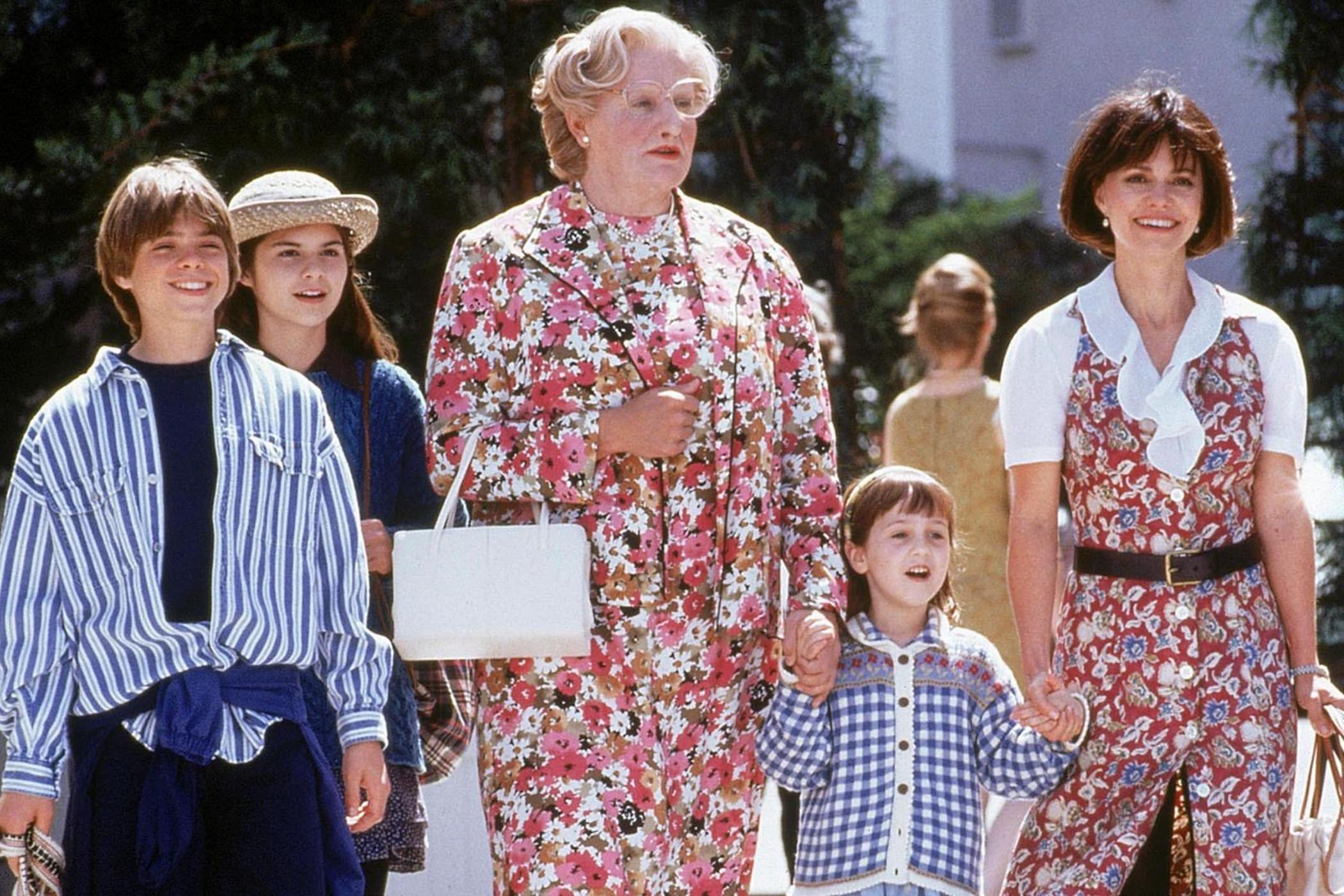 Madame doubtfire robin williams sally field