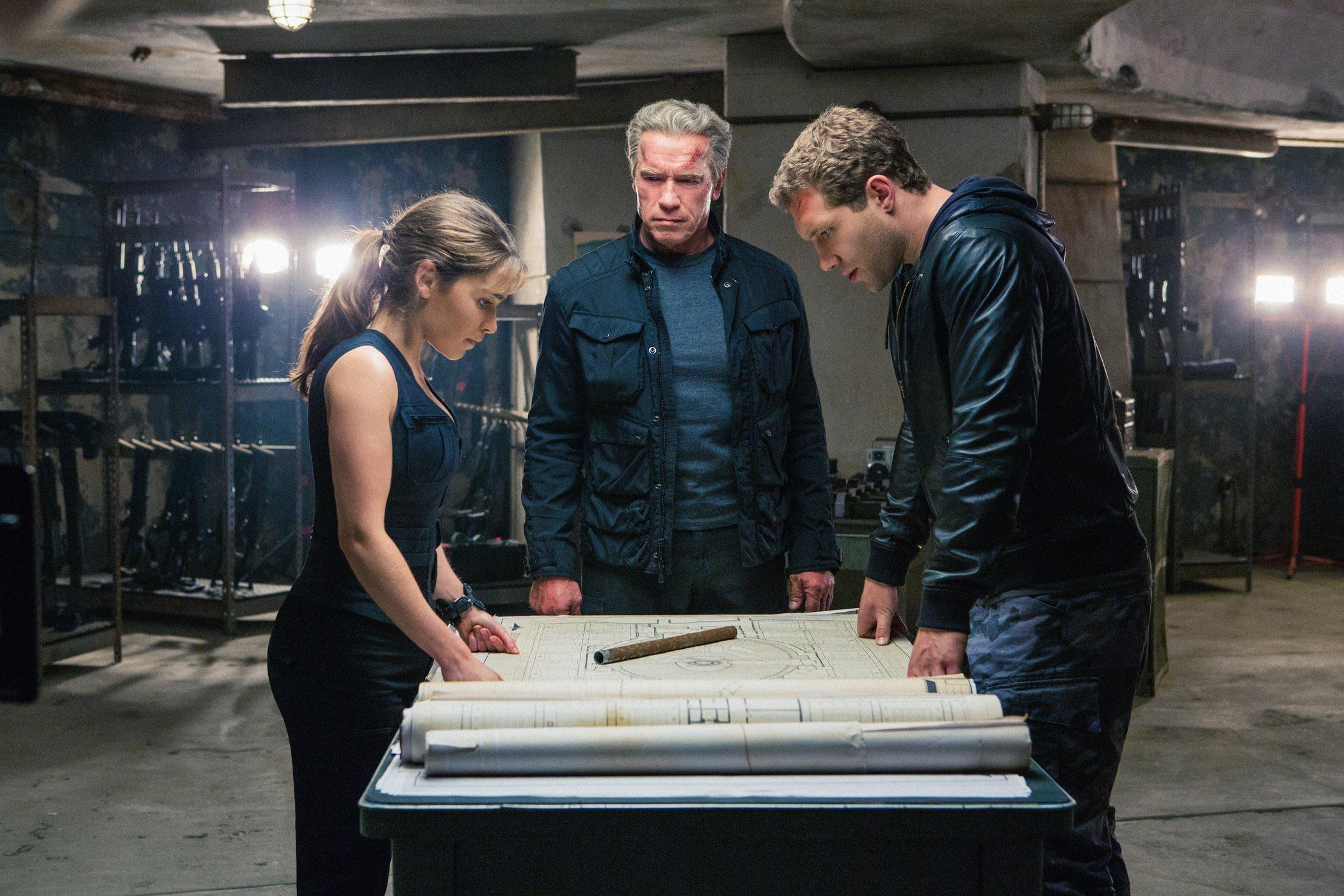 Terminator genisys emilia clarke arnold schwarzenegger jai courtney