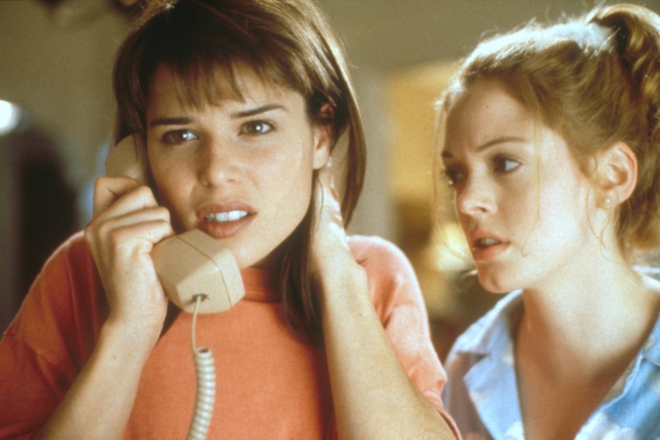scream-neve-campbell-rose-mcgowan