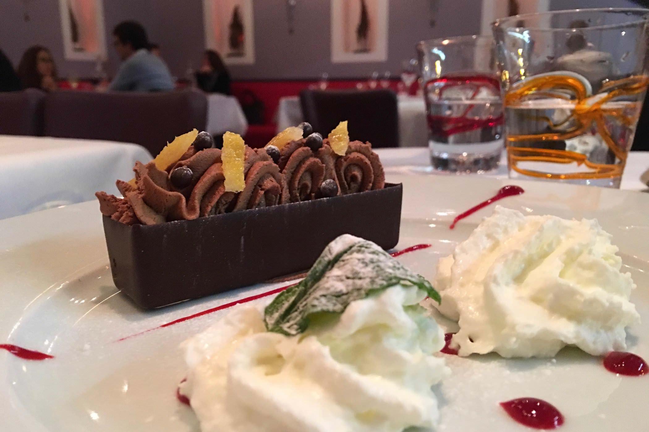 alex-restaurant-dessert